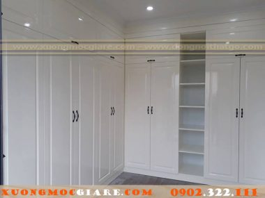 Đóng tủ áo gỗ sồi tự nhiên sơn trắng bóng 2k Quân 10