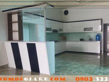 Tủ bếp nhựa, đóng tủ bếp bằng gỗ nhựa PVC giá rẻ.