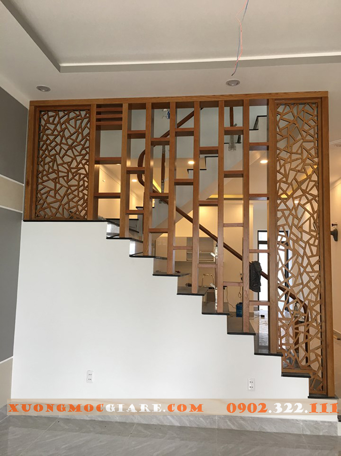 lam gỗ trang trí nhfa hàng, khách sạn