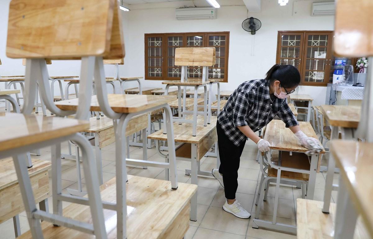 đóng bộ bàn ghế học sinh